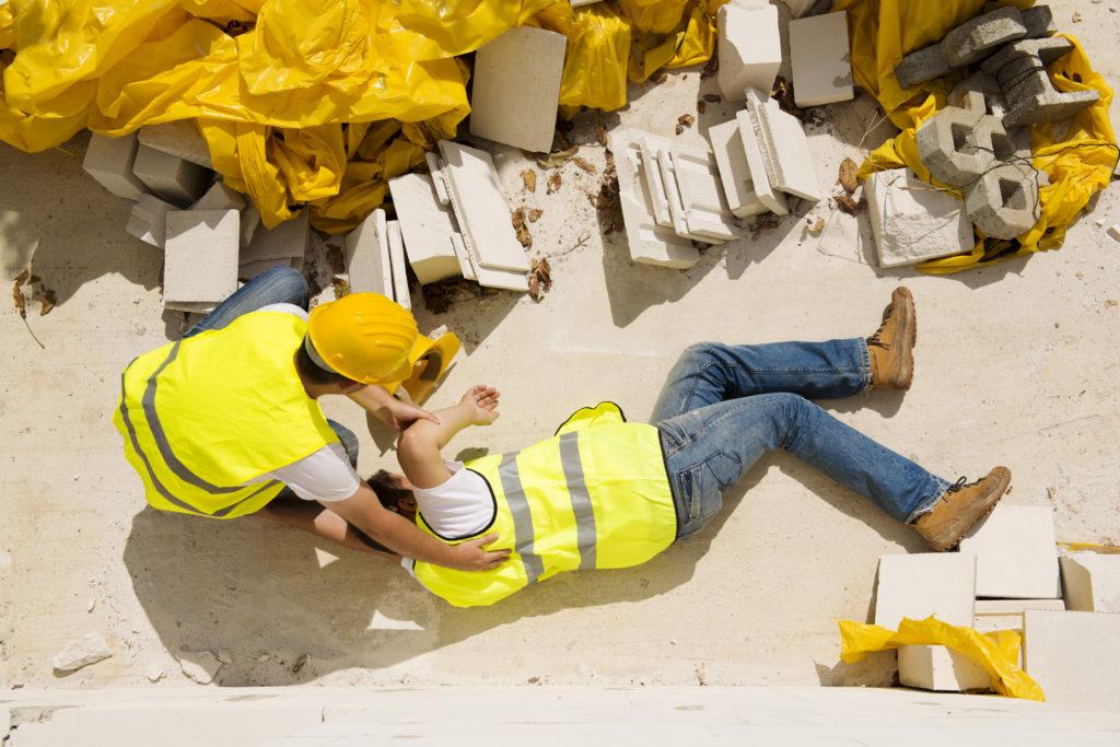 caída de objetos en los sitios de construcción